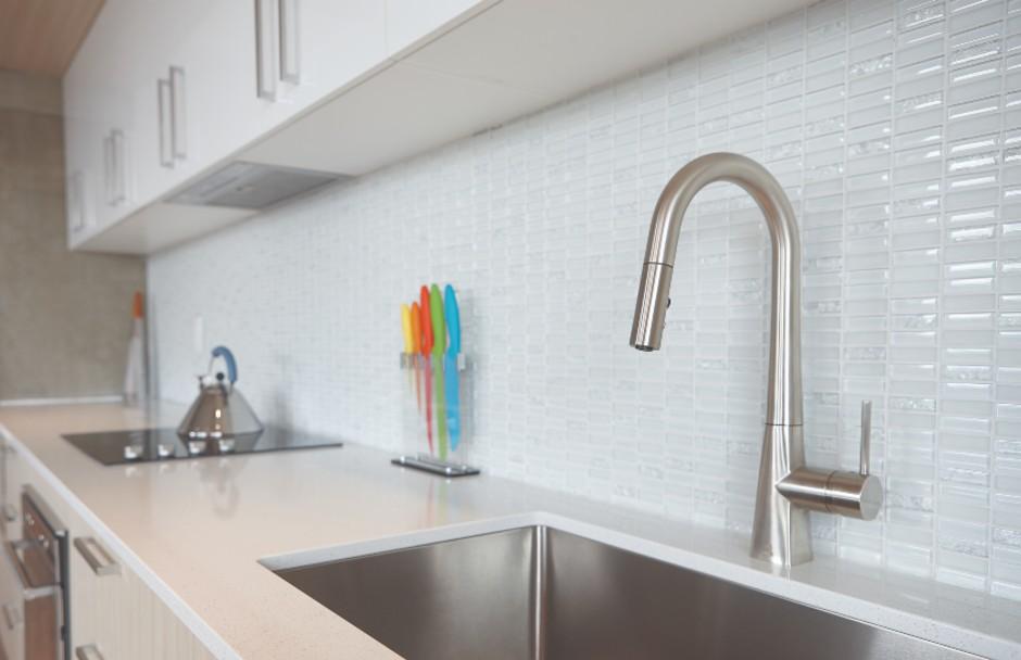 Aquabrass Baguette Kitchen Faucet