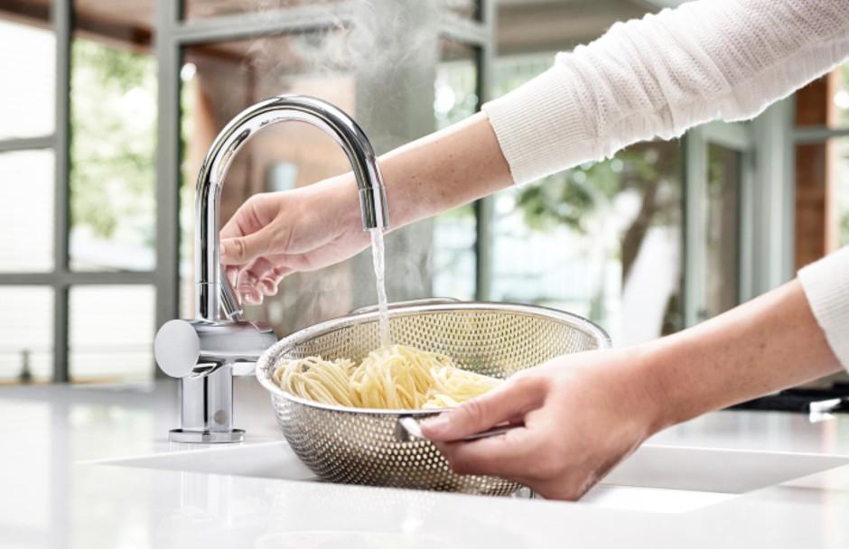 InSinkErtor Faucet Hot Water Dispenser