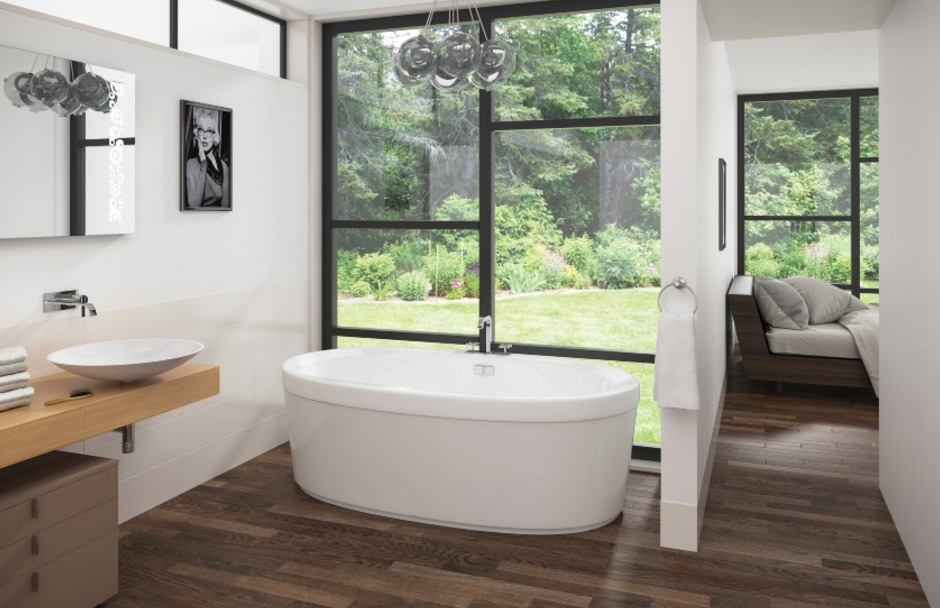 Mirolin Cari Bathtub Open Concept Space
