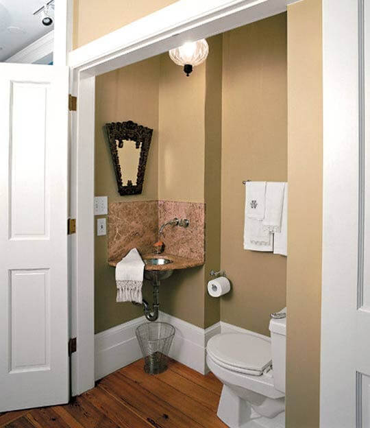 7 Ways to Maximize the Space in Your Small Bathroom Layout ...
