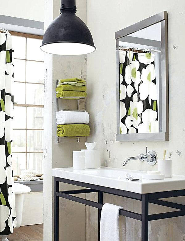 7 ways to maximize the space in your small bathroom layout - Maximize space in small bathroom ...